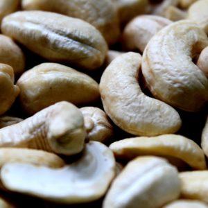 cashew-1402286_1920