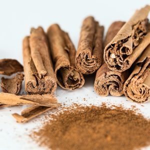 cinnamon-stick-powder